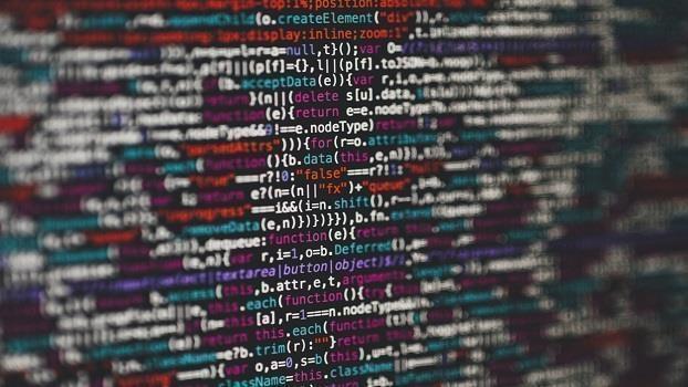 Arbeit in Zeiten der Digitalisierung: Von Naturgewalten, betrieblicher Organisation und Konflikten um gute Arbeit