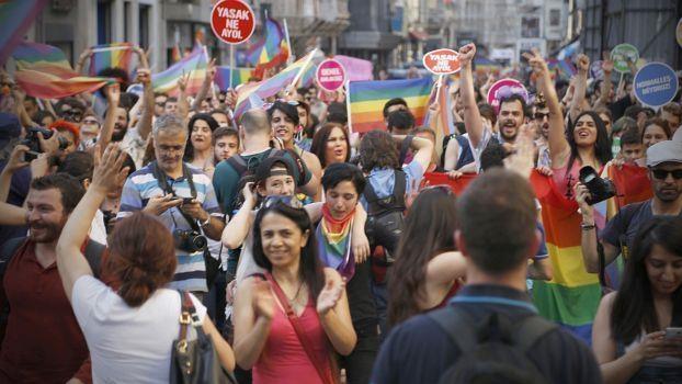 Nieder mit eurer Moral! Die LGBTI+ Bewegung und ihre Kampfstrategien