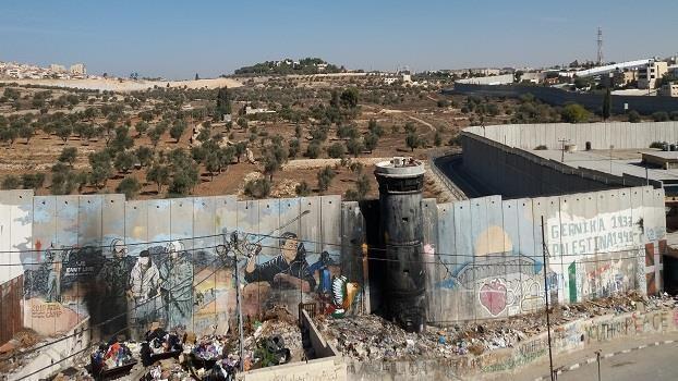 Blicke über sichtbare und unsichtbare Zäune und Grenzen