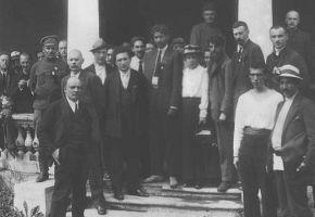 Im Gleichschritt: Sowjetunion und Kommunistische Internationale