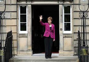 Rückschläge für Labour, gespaltenes Königreich